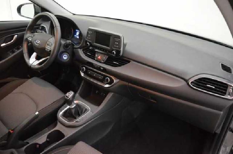 Hyundai i30 ESSENCE 1.0TDGI 120cv