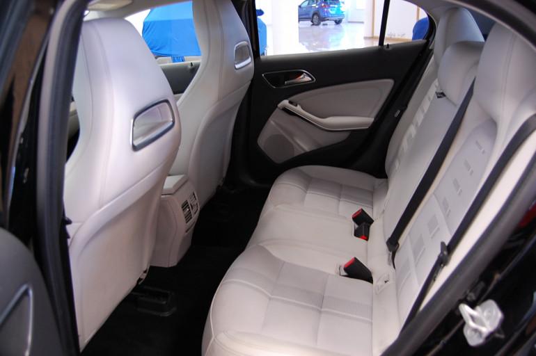 Mercedes benz GLA 200CDI URBAN 135cv