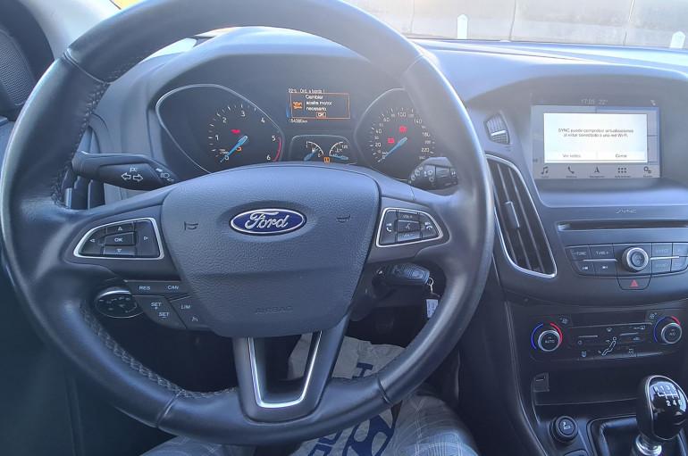 Ford Focus 1.5 TDCI 120 CV TREND PLUS