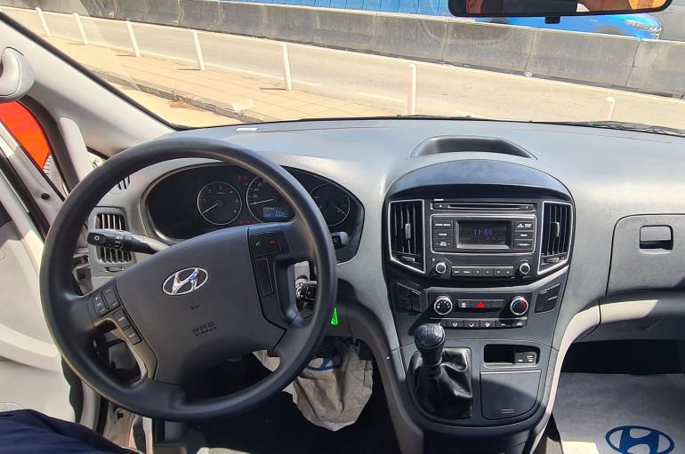 Hyundai H1 ESSENCE 3S 2.5CRDI 136CV